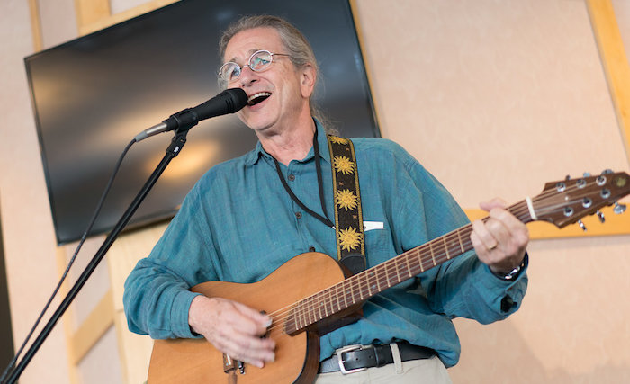 David Gans Performs at Colorado Getaway event - Colorado Music Hall Of Fame