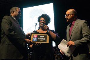 Diane Reeves Receives Award - CMHOF